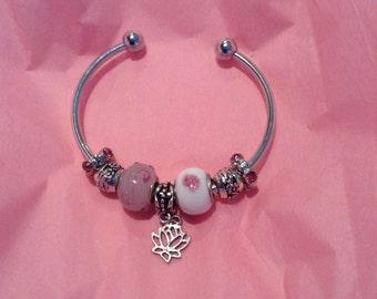 Love my Lotus Handmade Beaded Bracelet