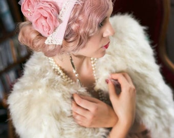 Pink coiffe with vintage feathers