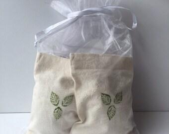 Refillable lavender dryer bag kit