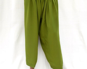 Green Indian harem pants, harem pants unisex, green pants, ethnic pants, wide-leg pants, Indian Crafts