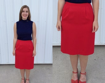 1980s red pencil skirt / vintage wiggle pencil fitted skirt / red skirt / 80s vtg skirt / classic pencil skirt / medium petite