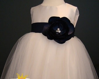 Navy flower girl dress, tulle dress, special occasion dress, toddler party dress, 1st birthday, baby baptism, christening, pageant dress
