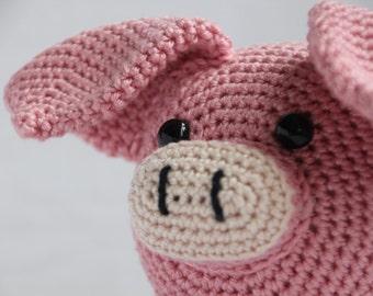 Crochet pattern Veerle the pig