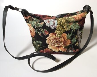 1990's Floral Tapestry Accessories Unlimited Shoulder Bag