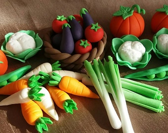 24 Edible icing vegetables gardening birthday, retirement, cake topper set