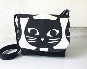 Bag cat flap and adjustable strap, jeans recycled fabric and black cats patterned black and white, bag