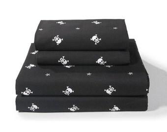 Skull Star Sheet Set, Black and White Skull and Crossbones Jolly Roger, 014B