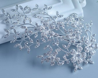Siver Bridal hair combs Bridal hair clips Bridal hair pins Hairwear Hair accessories Wedding hair pin Bridal hairwear Wedding hair cilps