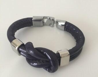 Stunning Bracelet, Trendy bracelet, Striking Leather Bracelet, Lady's Bracelets, Lady's gift.