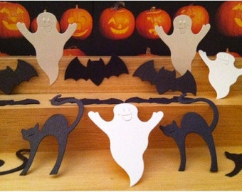 12 Halloween Die Cuts! Adorable Embossed Faces! Bats, Cats, and Ghosts!Set of 12 (4 Cats+ 4 Bats+ 4 Ghosts)! Perfect for Halloween Projects!