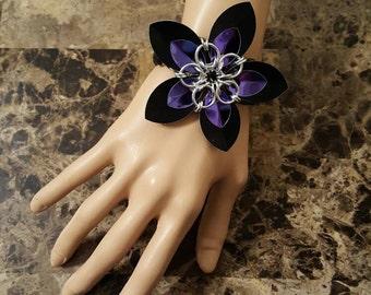 Scale Flower Stretch Bracelet