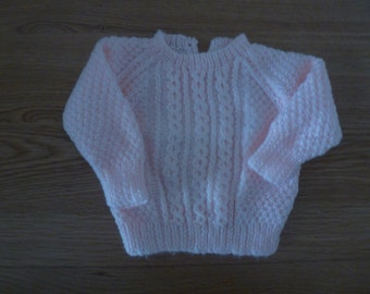 Baby's jumper in double knitting