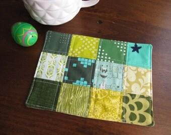 Spring rug rug. St Patrick's Day. Green mug rug. Mini quilt. Coaster. Fabric coaster. Lucky.