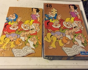 Snow white and seven dwarves puzzle
