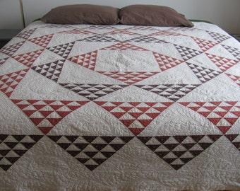 Sawtooth Pyramid Antique Quilt