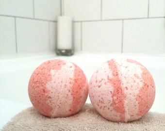 Red Clover Tea Bath Bomb - 4 oz - Kid Friendly bath bomb, vegan bath bomb, inspiring bath bomb