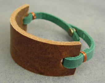 leather bracelet, leather cuff, leather wrap, cuff bracelet, brown bracelet, brown green bracelet, unisex bracelet, boho bracelet, rustic