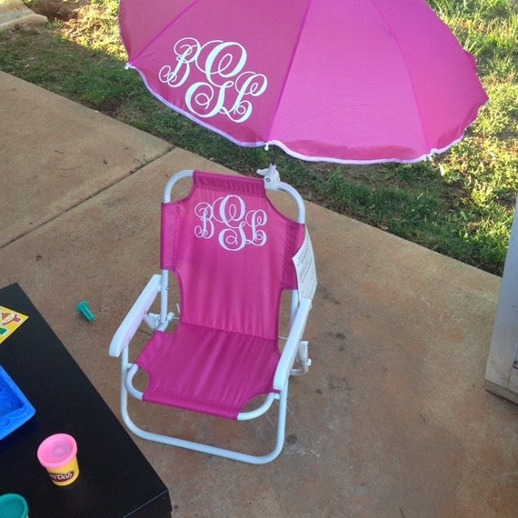 Kids monogrammed beach chairs beach chairs with by for Monogrammed kids chair