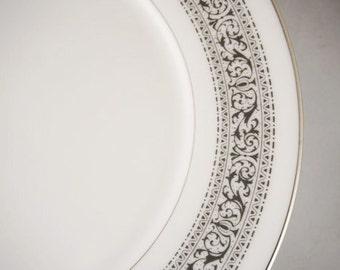 Lenox China - White Plates - Black and White Dinner Plates -  Vintage Dinnerware - Bridal Shower Plates - Oxford - Vintage Dinnerware Sets