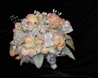 Round Pink Bridal Bouquet with Beads Ramo de Novia Ramo de Quinceanera Ramo Wedding Rosa