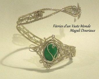 Bracelet handcrafted wirewrap green agate
