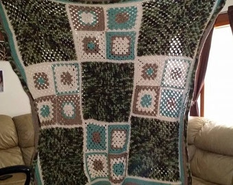 Two Size Square Throw