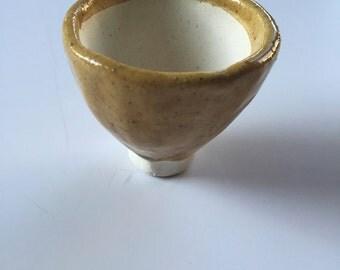 Amber Pinch Pot