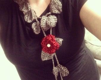 Crochet leaf necklace with flower pendant
