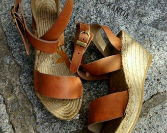 Natural jute sandals. Esparto wedges. Natural leather espadrille. Espadrille wedge high 10cm. Espadrille wedge. Sandals mod. Artys_10top