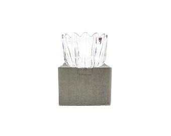Orrefors 6 1/4 inch Jan Johansson Fleur Crystal Bowl with BOX