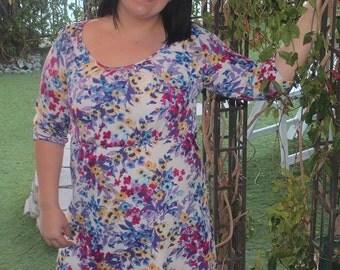 PLUS SIZE Flirty Floral Print Dress