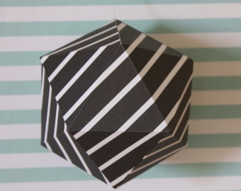 Geometric paper ball - Black and white stripes