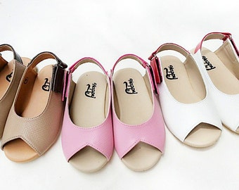 Girls Shoes/Sandals