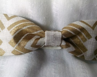 Small Treasure Gold and Ivory Bow w/Printed Band