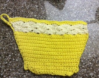 Dish  cloth or pot holder