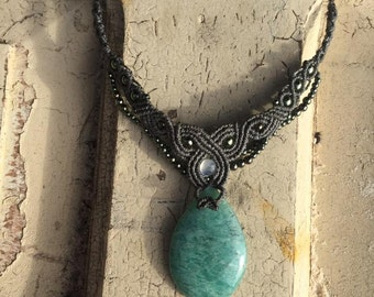 AMAZONITE & MOONSTONE necklace