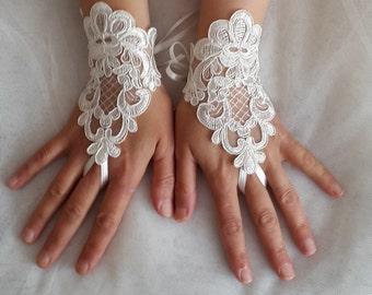 summer wedding, wedding,bridal gloves,ivory  lace,custom lace style,french lace,Free shipping.