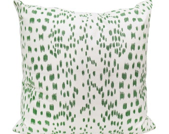 "Pair Les Touches Brunchwig & Fil's Pillow Covers, Green 22"" x 22"""