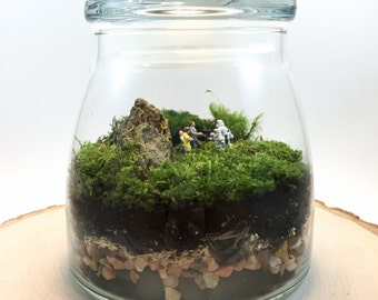 Sci Fi Moss Terrarium // Star Wars // Storm Troopers // Protection Money