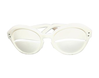 Vintage Andre Courrèges Lunette Eskimo Eclipse White Glasses 1964