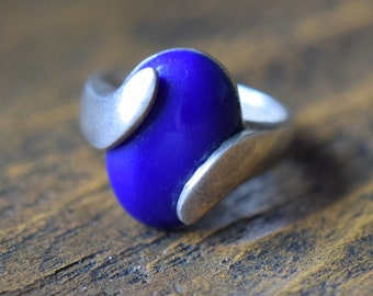 Blue Oval Stone Vintage Wrap Ring, US Size 4.75, Used