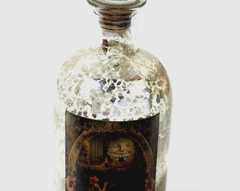 Alice in Wonderland Bottle. Drink Me Bottle. Drink Me. Mad Hatters Tea Party. Alice in Wonderland Decor. Drink Me. Bottle. Alice Bottle.