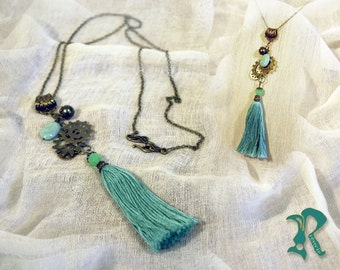 Long necklace with Gears and Green Tassel