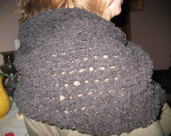 Black scarf, slightly shiny thick yarn