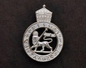Haile Selassie police officers cap pin Rasta collectable Reggae lion of Judah  Rastafarian Rasta clothing Medal Police Officers Cap pin