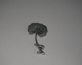 Charm leaf of ginkgo silver 1 piece