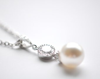 Pearl and Crystal Bridal Necklace Wedding Pendant Cubic Zirconia and Swarovski Pearl Pendant Wedding Jewelry Bridesmaids Necklace
