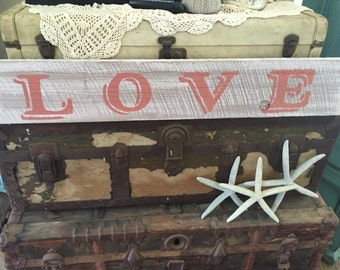 Love Plank Sign