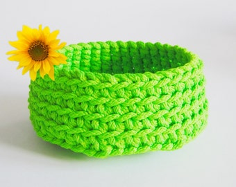 Crochet basket bottom silo Green