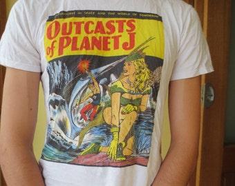 Outcasts of Planet J, T-shirt with Australian pulp novel design